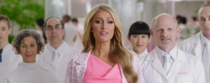 Paris Hilton redt de planeet